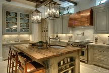 Glorius Kitchens / These are the fabulous kitchens I drool over! / by Liisa Fenech-Petrocchi