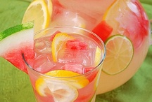 Drinks / by Becki Schuft