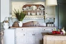 Kitchen / by Lydia Johnson