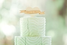 mint + gold / mint and gold is such a pretty & fresh color combination for a summer wedding! We've invited @MagnetStreetWeddings to pin with us as we pin the freshest mint + gold wedding ideas!  / by Eversnap for Weddings