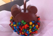 Disney Food and Restaurants (Vacation 2015) / The must try Disney food and restaurants for our Disney vacation in 2015! / by Adrienne Maurer