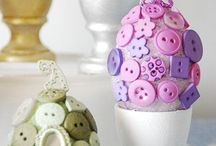 Buttons! / I have a major obsession with buttons / by Lauren Kunz Chateauneuf