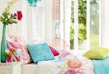 Style I Like - Houses / by Betsy E