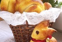 Baked goodies / by Mona Hyatt