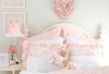 ~ Guest Bedroom Decor Ideas ~ / by Alison Faciane