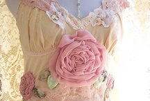 Vintage, Lace  & Ruffles / by Pamela Waters