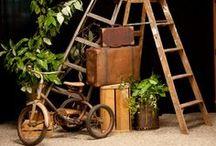 Rustic Wedding Activities, Games, Photobooth Ideas / by Melissa Jones-Watson