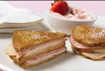 Sandwiches - Grilled & Melted Recipes / hot for the holdin'  / by Jennie-O®