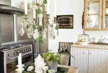 Kitchens / by Destiny Howell-Douglass