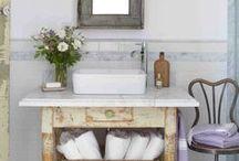 bathroom / by Lauren Elise