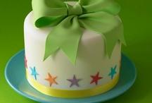 Birthday Cakes / by Cake Decorating UK