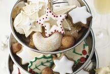Christmas Cake Decorating Inspiration! We Love these! / by Cake Decorating UK