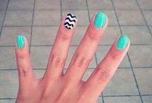 Pretty lady. Pretty nail. / Nail art / by Emily Atchley