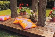 Outdoor gardening ideas / by Michelle Lee