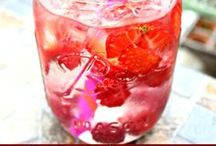 Mason Jars ~ Beverages ~ Smoothies, Juicing & Detox / by Linda S