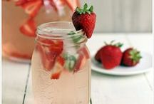 Mason Jars ~ Beverages ~ Water, Tea, Ades & Spritzers / by Linda S