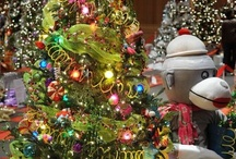 Festive Trees & More / Feeding my Christmas Obsession with Beautiful Trees! / by Susan Prichard of Graphitti Creations