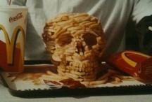 Skulls / by La Cocotera