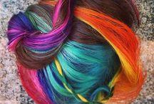Hairdo's / by Dee Dee Neal