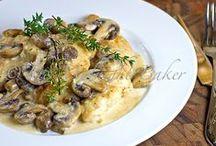Dinnertime!! / by Kathleen Niedbala