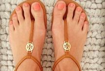 shoes~accessories  / by Danielle Lizardi