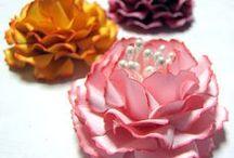 flowers to make / Handmade flowers  / by Nancy Jensen