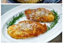 {Food} Chicken / by Allie Olsen {Fab Fixes}