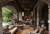 Home Style - Outdoor Living / by Dawn Damico
