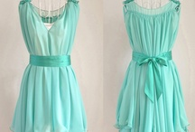 Amazing dresses / by Corina .