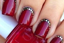 Nails / by Laura Delisi