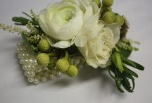 Corsages, wristlets, and tussie mussies / by Connie Moore