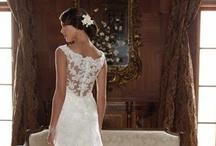 A Perfect Day for a Wedding / by Caroline Reinwald