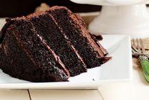 Ahhhmazing Desserts / by Caroline Reinwald