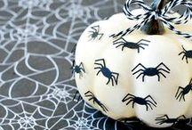 Halloween / by Ramona Mendoza