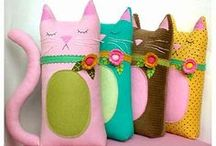 Sewing - Pillows  / by The Speckled Dog