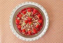 Zus&ik Bake & Celebrate! / Met zeven kinderen onder één dak vieren we het hele jaar door en mogen we dus lekker veel bakken! / With seven children in one house we are celebreating thé whole year. We bake a lot! / by Anne van Twillert