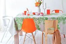 Love 'furniture' / by Anne van Twillert