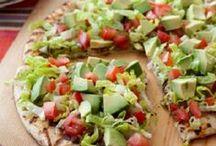 Healthy Eats / by Rochelle Neely