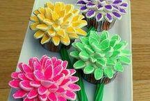 Cupcakes / by Kathy Lyons