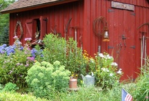 Cottages, Small Homes, Bungalows & Sheds / Smaller abodes I find appealing / by Sara Jane Howell