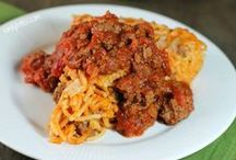Casseroles / Lightened up, Weight Watchers-friendly casserole recipes that taste amazing! / by emily bites