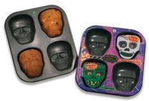 Terrifying Treats / What's a party or even a quiet night at home with your best ghouls without some terrifying treats? Find the best baked goods, snacks, cocktails and more right here! / by Spirit Halloween