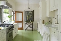 kitchens / by Lindsey Ellis Beatty