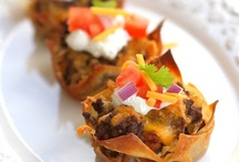 Skinny Meals / by Stephanie Dow