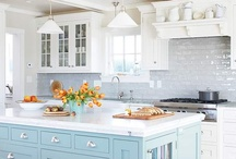 KITCHENS / by Donna Lucas