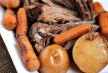Rockin' the Crock Pot / by Julie Evink   Julie's Eats & Treats
