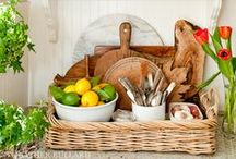 Organizing {The Kitchen} / by Michele Yates {The Homesteading Cottage}
