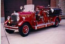 Fire Trucks (Old) / by Lieutenant 107
