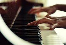 Piano / Пиано  / Докосни ме, излей ме... изсвири ме... аз съм твоята душа.  Едно пиано от мечти... една изтъкано от тъга ноктюрно по лунните пътеки на сънищата. Вдишвай...  / by Ivaalex