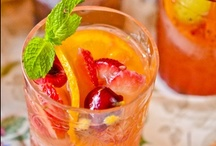 Food & Drinks / by Oneida Brito